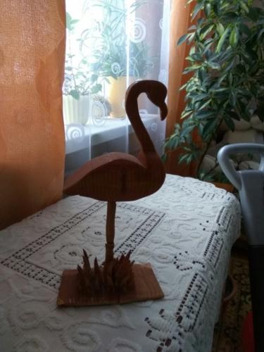 Деревянный фламинго