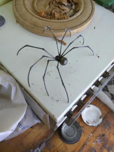 Сварной металлический паук