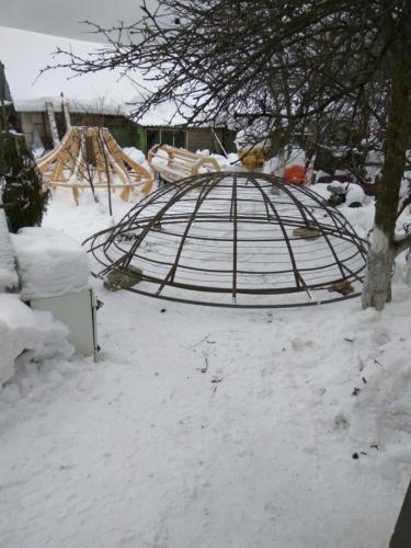 Каркас металлического купола для каплицы