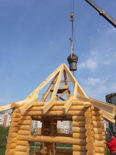 Установка деревянного купола 2